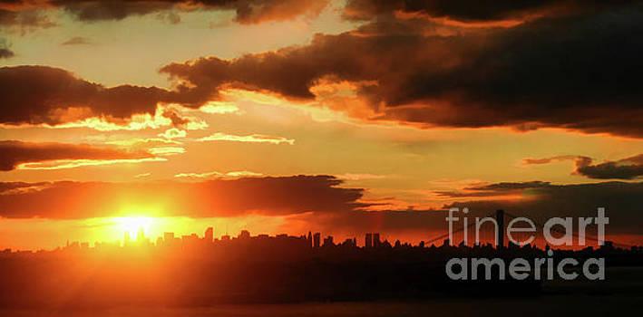 Chuck Kuhn - Manhattan Pano Sunset