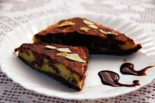 Marble Cake by Farah Faizal