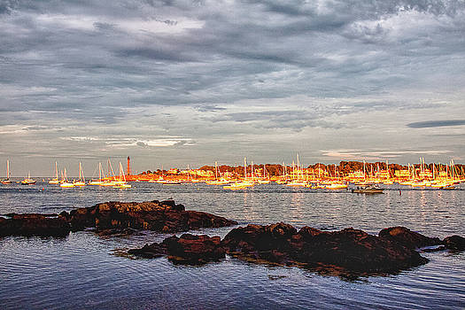 Marblehead neck from Fort beach by Jeff Folger