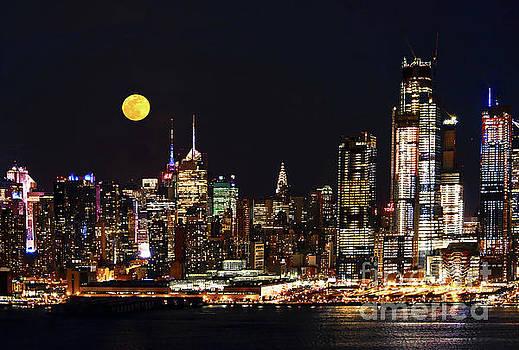 Regina Geoghan - March Blue Moon over NYC