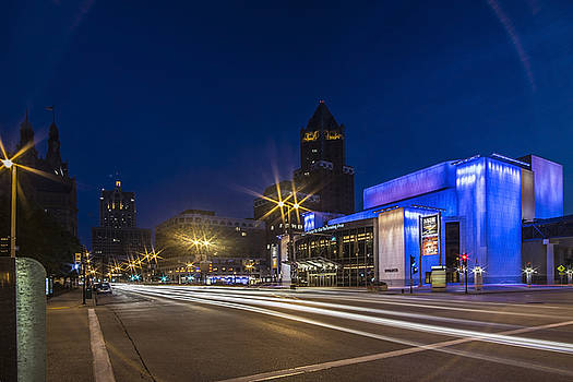 Center for Performing arts building at dusk in Milwaukee by Sven Brogren