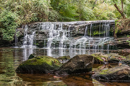 Mardis Mill Falls by Phillip Burrow