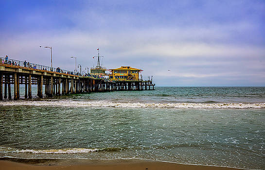 Mariasol On The Pier by Gene Parks