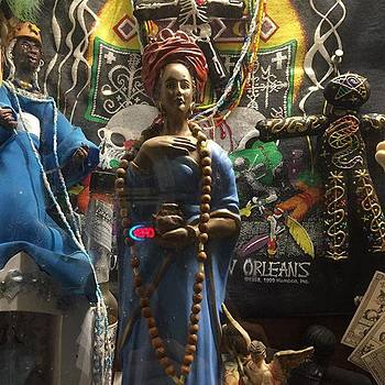 #marielaveau #voodohouse #voodoo #hex by Gin Young
