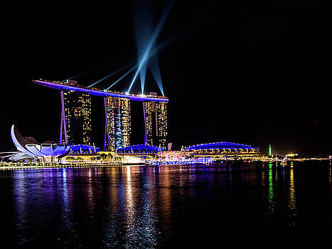 Marina Bay Sands at Night 2 by Giles PichelJuan