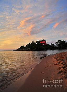 Marquette Lighthouse Beach by Terri Gostola