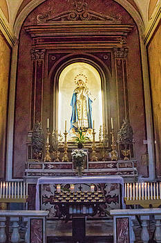 Lisa Lemmons-Powers - Mary In Sorrento Cathedral