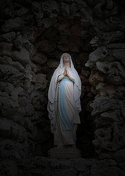 Marys Prayer II by Terence McSorley
