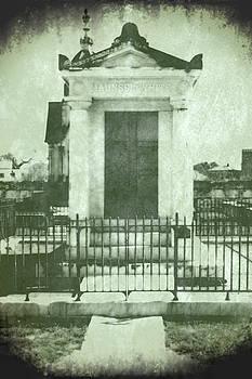 Maunsel-White Tomb n.1 by Patrick Degan