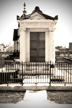 Maunsel-White Tomb n.3 by Patrick Degan