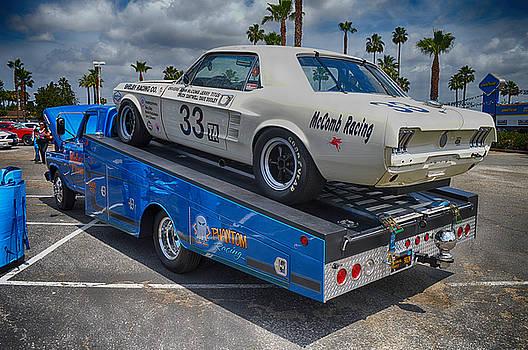 McCombs GT Racer by Bill Dutting