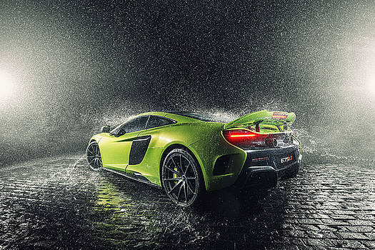 Mclaren 675LT by George Williams