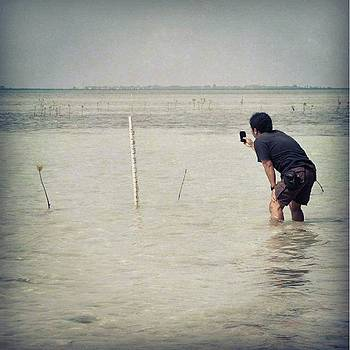 Measure The Height Of Mangroves...photo by Dani Daniar