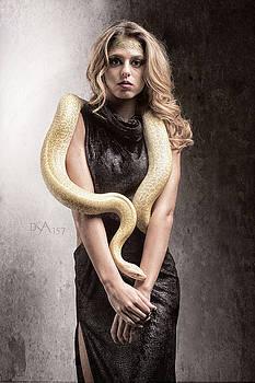 David April - Medusa