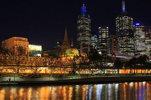 Melbourne Skyline After Dark by Dianne Fawbush
