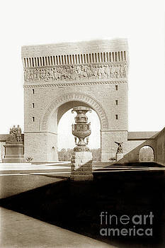 California Views Mr Pat Hathaway Archives - Memorial Arch from Memorial Court The Stanford University Campus1903