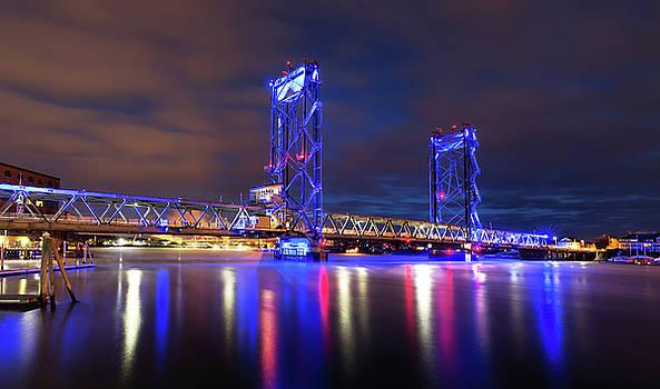 Memorial Bridge by Robert Clifford