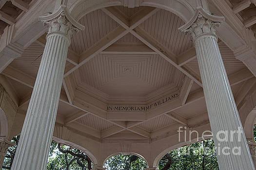 Dale Powell - Memorial Columns