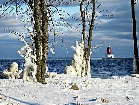 Menominee Lighthouse Ice Sculptures by Ms Judi
