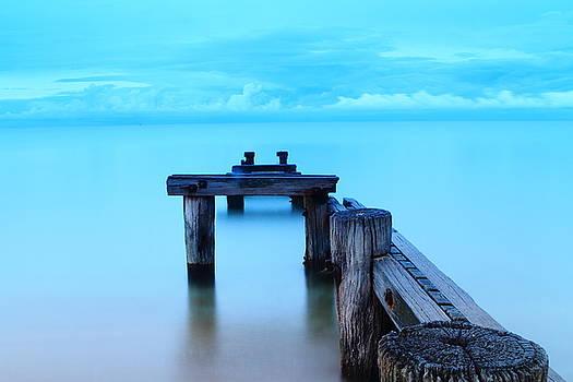 Mentone Pier by Janaka Somaratne