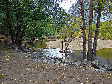 Merced River Trickle - Fall 2012 by Walter Fahmy