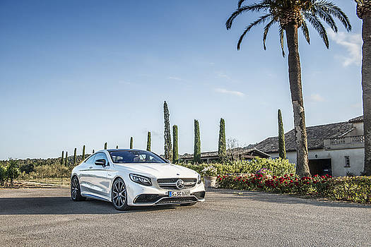 Mercedes Benz S63 Coupe by George Williams