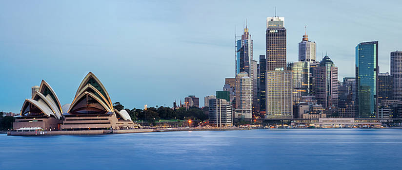 Daniela Constantinescu - Mesmerizing Sydney Harbour Skyline