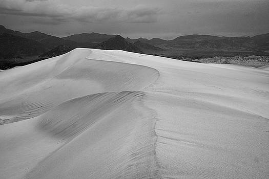 Mesquite Dunes - Death Valley - 2015 by Roland Peachie