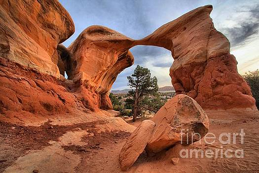 Adam Jewell - Metate Arch Utah