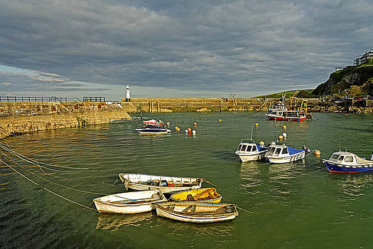 Mevagissey Outer Harbour by Rod Johnson