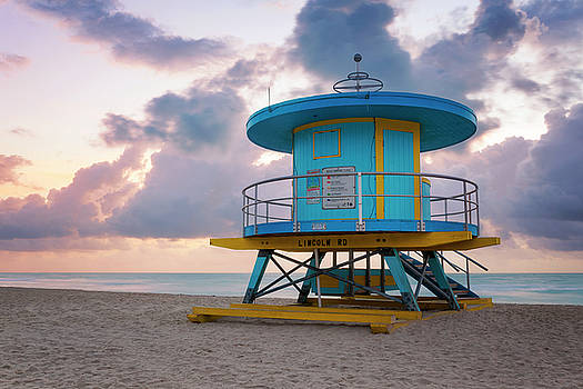Lorrie Joaus - Miami Lifeguard Cabin at Sunrise
