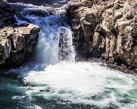 Middle Falls by Elaine Webster