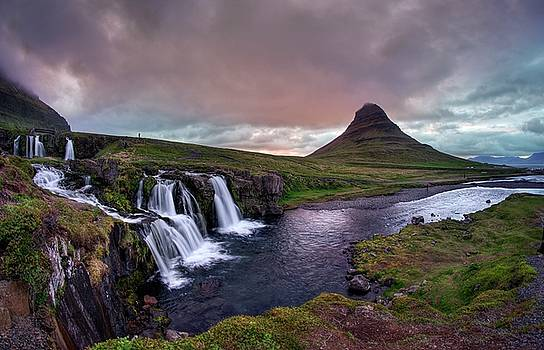 Midnight sunset at Kirkjufellsfoss by Peter Thoeny