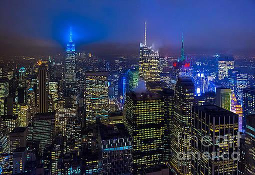 Working Late in Midtown Manhattan by Studio Laurent