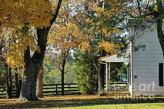 Bob Phillips - Midway Farm House