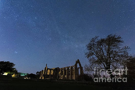 Mariusz Talarek - Milky Way in Bolton Abbey