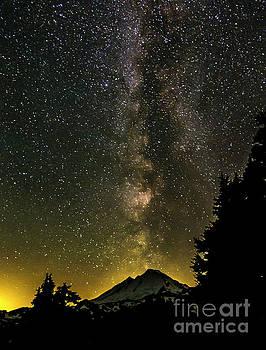 Paul Conrad - Milky Way Over Mount Baker