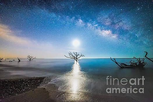 Milky Way Shore by Robert Loe