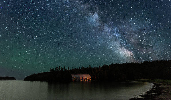 Milky Way Sky at the Old Smokehouse by Marty Saccone