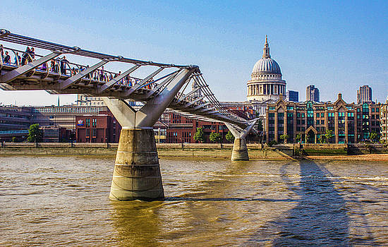 Venetia Featherstone-Witty - Millennium Bridge and St. Paul