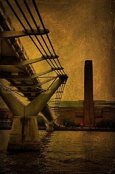 Millennium Bridge London by Tim Kahane