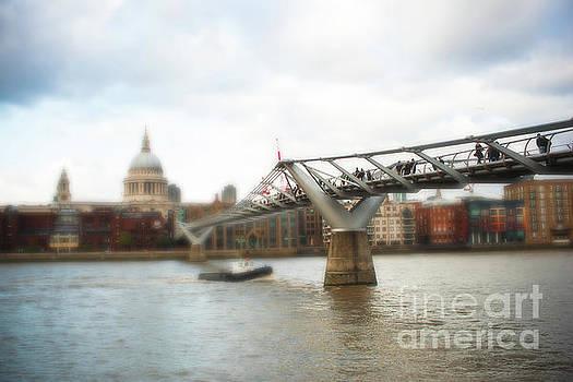 Millennium Bridge over Thames by Sonja Quintero