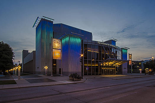 Milwaukee performing arts center at dusk by Sven Brogren