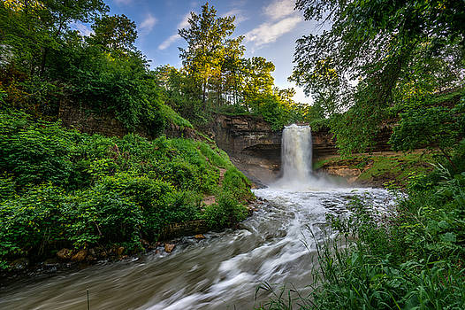 Minnehaha Falls by Mark Goodman