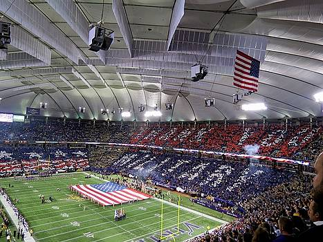 Minnesota Vikings Tribute to the Troops by Kyle West