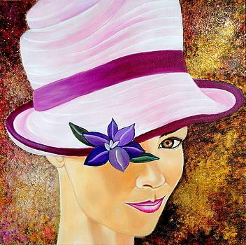 Mirada De Glamour-2 by Carmen Junyent