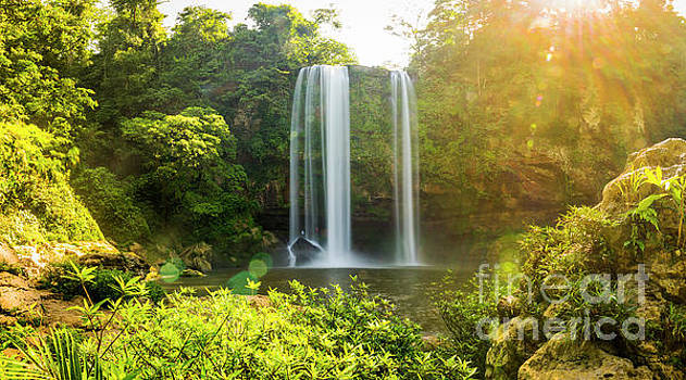 Tim Hester - Misol Ha Waterfall Chiapas