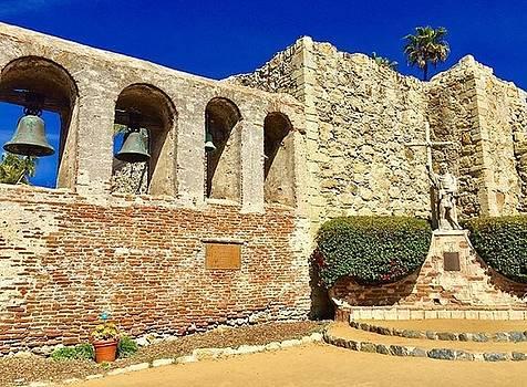 Mission San Juan Capistrano 2 by Shawn Noetzli