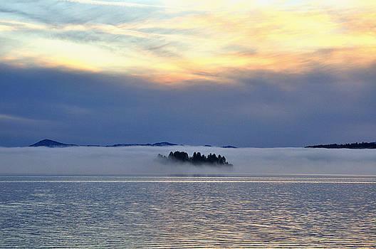 Jedediah Hohf - Mist Island, Lake Pend Oreille