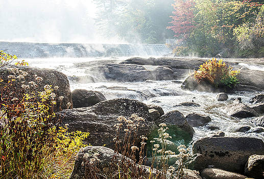 Mist over the Dam by Gordon Ripley